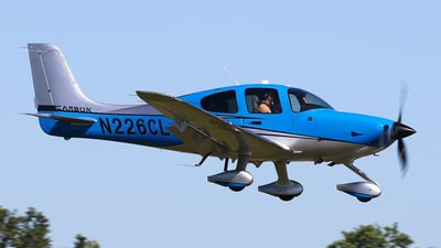 N226CL - Cirrus SR22T-GTS G6 Carbon - Private
