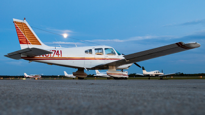 A picture of N81741 - Piper PA28181 - [288090134] - © Jake Simpson