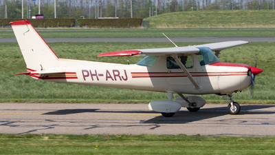 PH-ARJ - Cessna 150M - Private