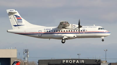 F-OFSP - ATR 42-500 - Air Saint-Pierre