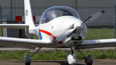 F-HAAT - Aquila A210 - Private