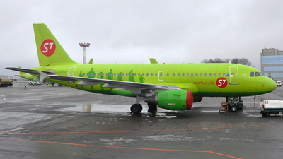 VQ-BQW - Airbus A319-115(LR) - S7 Airlines