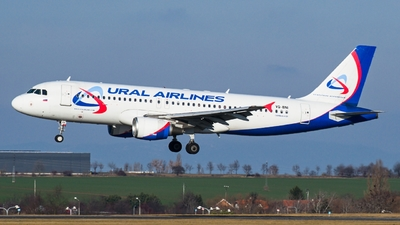 VQ-BNI - Airbus A320-214 - Ural Airlines