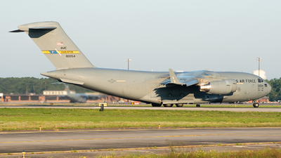 98-0054 - Boeing C-17A Globemaster III - United States - US Air Force (USAF)
