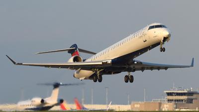 A picture of N153PQ - Mitsubishi CRJ900LR - Delta Air Lines - © DJ Reed - OPShots Photo Team