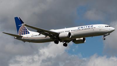 N37502 - Boeing 737-9 MAX - United Airlines