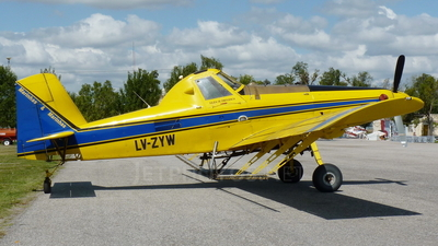 LV-ZYW - Air Tractor AT-502B - Private
