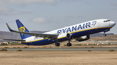 A picture of EIEGA - Boeing 7378AS - Ryanair - © Manu Aldana