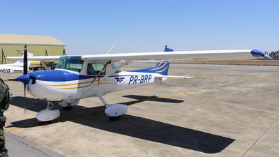 PR-BRP - Cessna 150L - Aeroclube de Goi�s