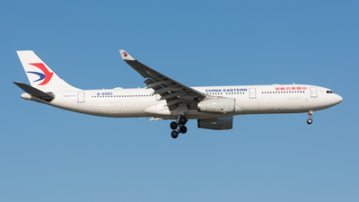 B-6083 - Airbus A330-343 - China Eastern Airlines
