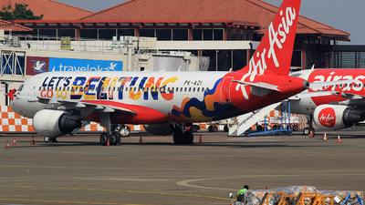 PK-AZI - Airbus A320-214 - Indonesia AirAsia