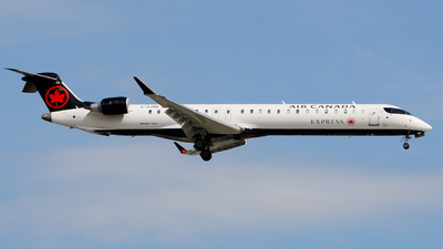 C-GJHZ - Bombardier CRJ-900ER - Air Canada Express (Jazz Aviation)