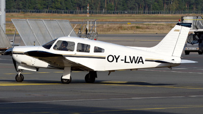 OY-LWA - Piper PA-28R-200 Cherokee Arrow II - Flight4000