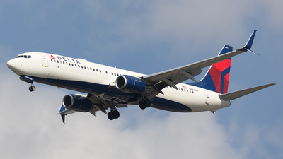 A picture of N886DN - Boeing 737932(ER) - Delta Air Lines - © AznHentaiSpotter