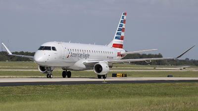 A picture of N203NN - Embraer E175LR - American Airlines - © Andrew Hutnyan
