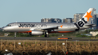 VH-VFD - Airbus A320-232 - Jetstar Airways