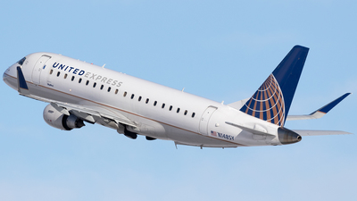 A picture of N148SY - Embraer E175LR - United Airlines - © Mike MacKinnon
