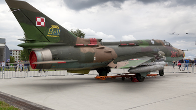 3811 - Sukhoi Su-22M4 Fitter K - Poland - Air Force