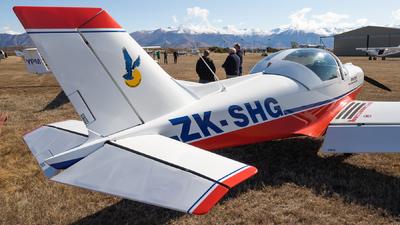 A picture of ZKSHG - Alpi Pioneer 300 - [122] - © Reuben Morison