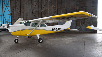 SP-GBH - Cessna 172N Skyhawk - Private