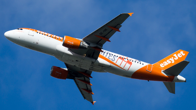 A picture of OEIVK - Airbus A320214 - easyJet - © Olivier Landes