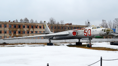50 - Tupolev Tu-16 Badger - Soviet Union - Air Force