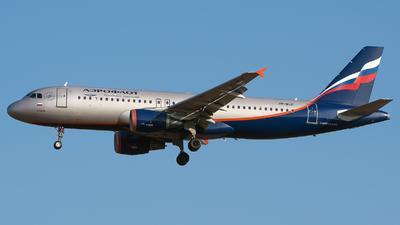 VP-BLP - Airbus A320-214 - Aeroflot