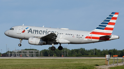A picture of N824AW - Airbus A319132 - American Airlines - © DJ Reed - OPShots Photo Team