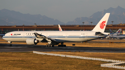 B-1282 - Boeing 777-39LER - Air China