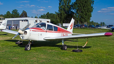 LN-UXA - Piper PA-28-140 Cherokee - Private