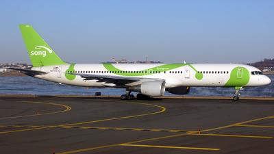 N6714Q - Boeing 757-232 - Song