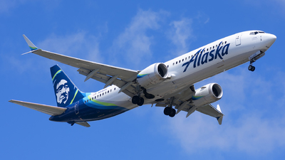 A picture of N915AK - Boeing 737 MAX 9 - Alaska Airlines - © Michael Rodeback
