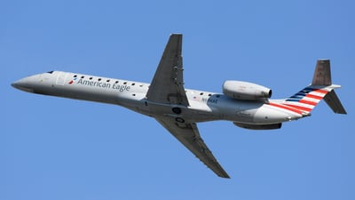 A picture of N696AE - Embraer ERJ145LR - American Airlines - © DJ Reed - OPShots Photo Team