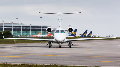 D-CHGS - Embraer 505 Phenom 300 - Private