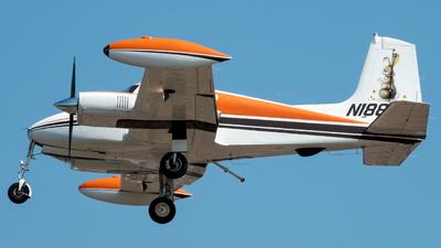 N1886H - Cessna 310C - Private