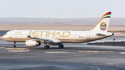 A picture of A6AEB - Airbus A321231 - Etihad Airways - © TCJJN
