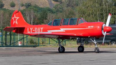 LY-DAY - Yakovlev Yak-52 - Private