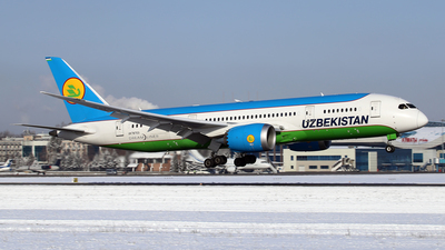 A picture of UK78703 - Boeing 7878 Dreamliner - Uzbekistan Airways - © Frolov Sergey