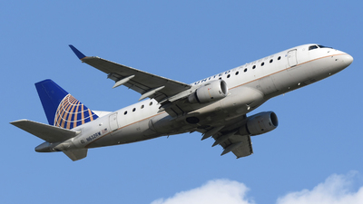 A picture of N632RW - Embraer E170SE - United Airlines - © DJ Reed - OPShots Photo Team