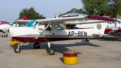 AP-BEN - Cessna 152 II - Private