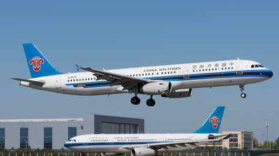 B-6579 - Airbus A321-231 - China Southern Airlines