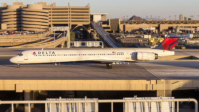N923DN - McDonnell Douglas MD-90-30 - Delta Air Lines