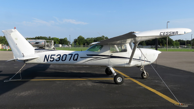 N5307Q - Cessna 150L - Private