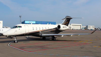 A picture of N571FX - Bombardier Challenger 350 - Flexjet - © n94504