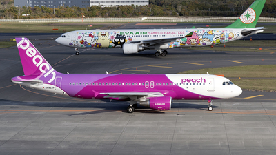 JA822P - Airbus A320-214 - Peach Aviation