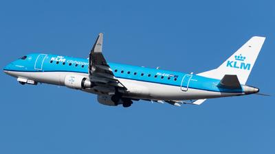 A picture of PHEXK - Embraer E175STD - KLM - © Michal Furmanczak