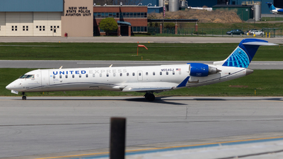 A picture of N554GJ - Mitsubishi CRJ550 - United Airlines - © bellcc