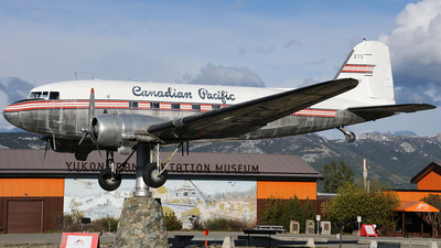CF-CPY - Douglas DC-3 - Canadian Pacific Airlines