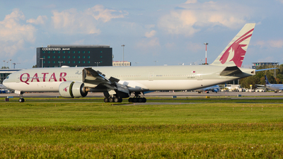 A7-BAY - Boeing 777-3DZER - Qatar Airways