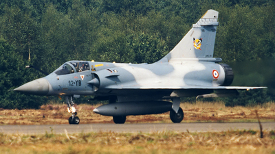 98 - Dassault Mirage 2000C - France - Air Force